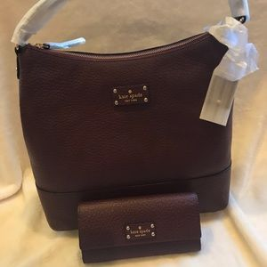 New with tags Kate spade burgundy hobo with wallet